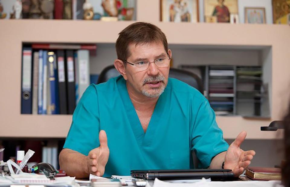 Новым руководителем клиники Мешалкина назначен Александр Чернявский