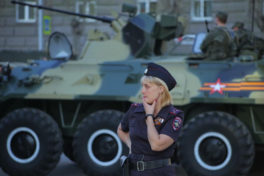 Миниатюра для: ФОТОБАНК. Как отметили 9 мая в Новосибирске