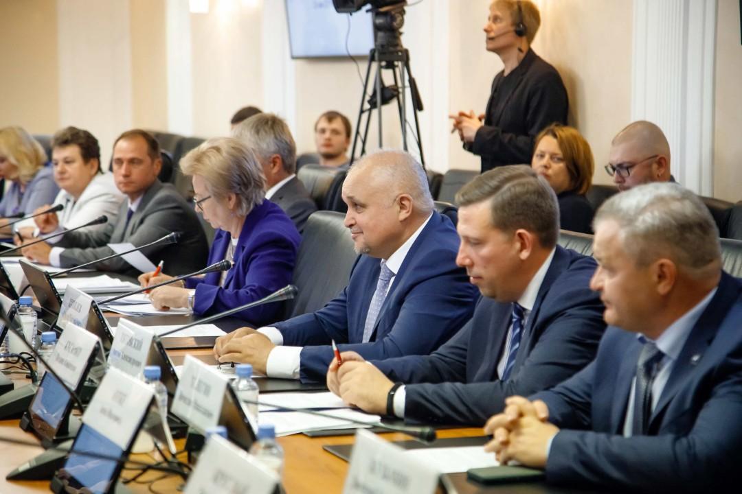 Министр спорта РФ поддержал создание крупных спортивных объектов в Кузбассе