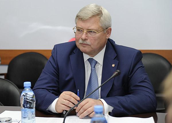 Сергей Жвачкин поставил задачу расселить людей из аварийного жилья раньше установленных нацпроектом сроков