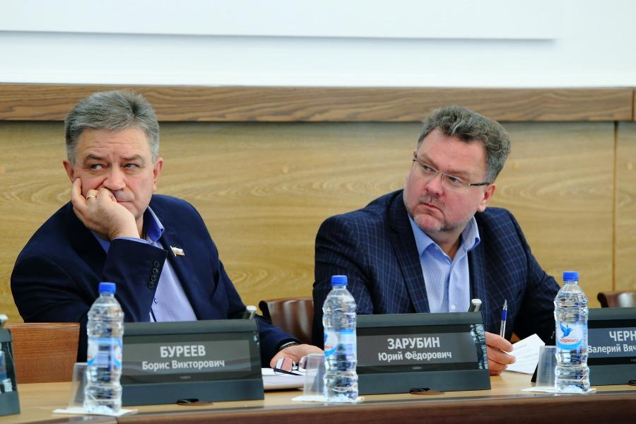 Юрий Зарубин и Валерий Черных (слева направо)