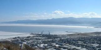 Деятельность двух заводов по розливу воды, находящихся на берегу Байкала, приостановлена