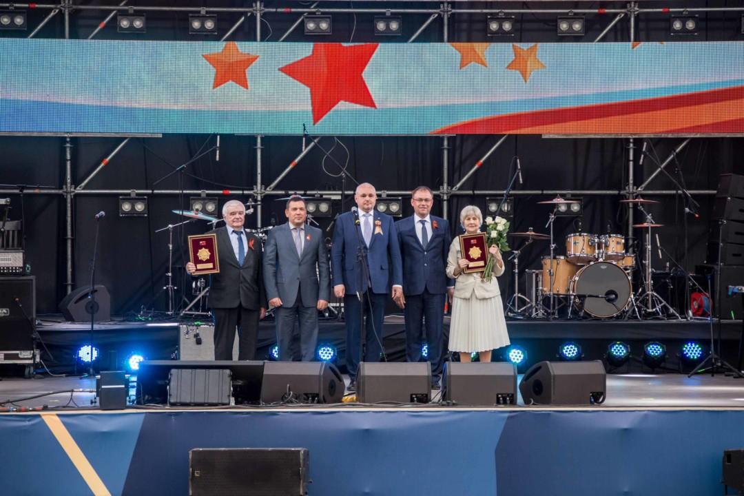 Кемерово и Новокузнецк удостоены звания «Город трудовой доблести и воинской славы»