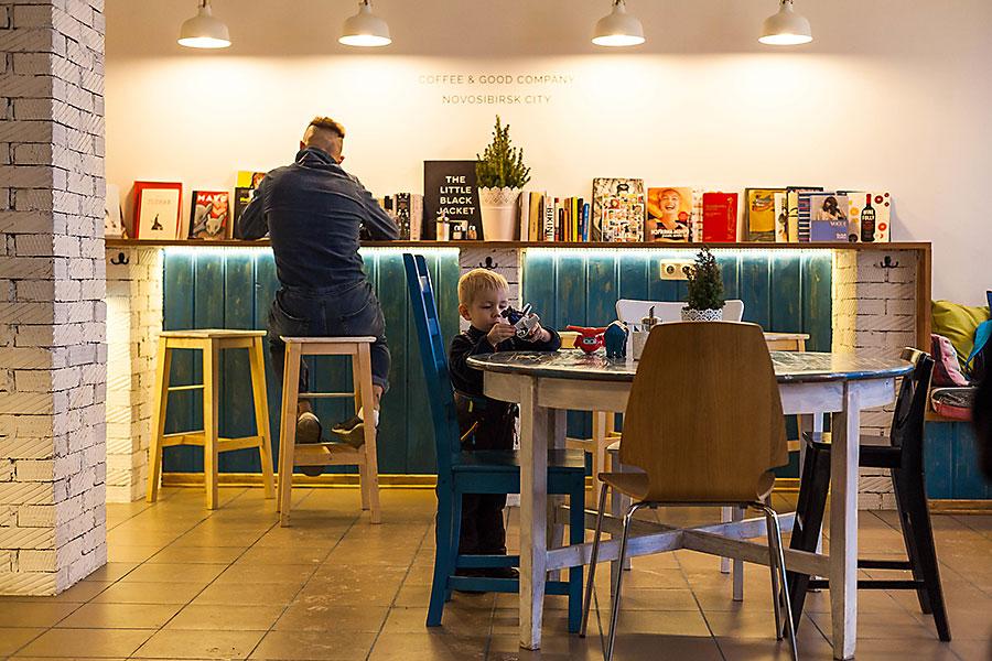 Дом с кофейней: как развивается ритейл в новых районах Новосибирска - Фото