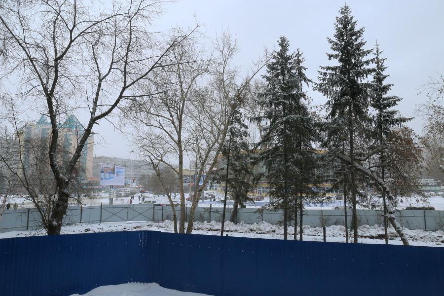"""участок возле лицея №22 """"Надежда Сибири"""""""