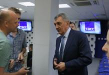 Серегей Меняйло: «Валентин Коновалов должен подготовить предложения по выходу Хакасии из кризиса энергоснабжения к началу июля»