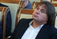 Новосибирский суд продлил домашний арест Евгению Покушалову