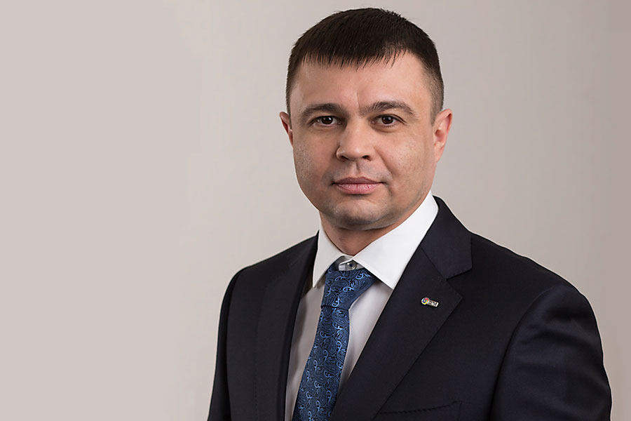 Антон Баев