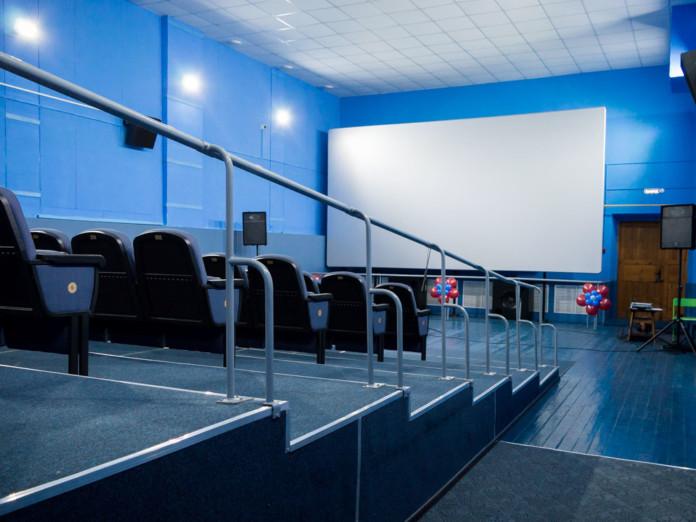 В муниципальных районах Омской области откроют еще три кинозала стоимостью по 5 млн рублей каждый