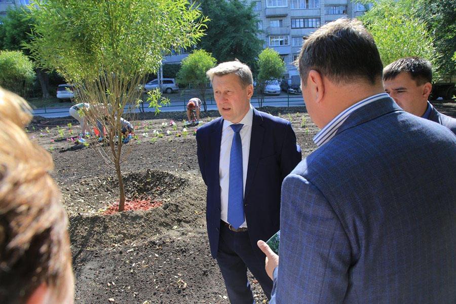 Сквер в Станиславском жилмассиве по поручению мэра Новосибирска привели в порядок