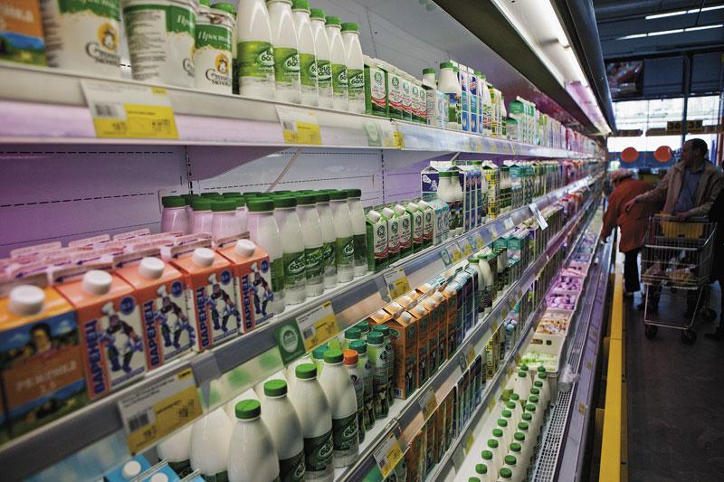 Роспотребнадзор выявил предприятия, выпускающие фальсифицированное молоко в Новосибирске