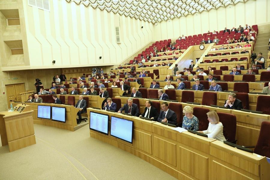 Новосибирские парламентарии поддержали отмену прямых выборов депутатов райсоветов