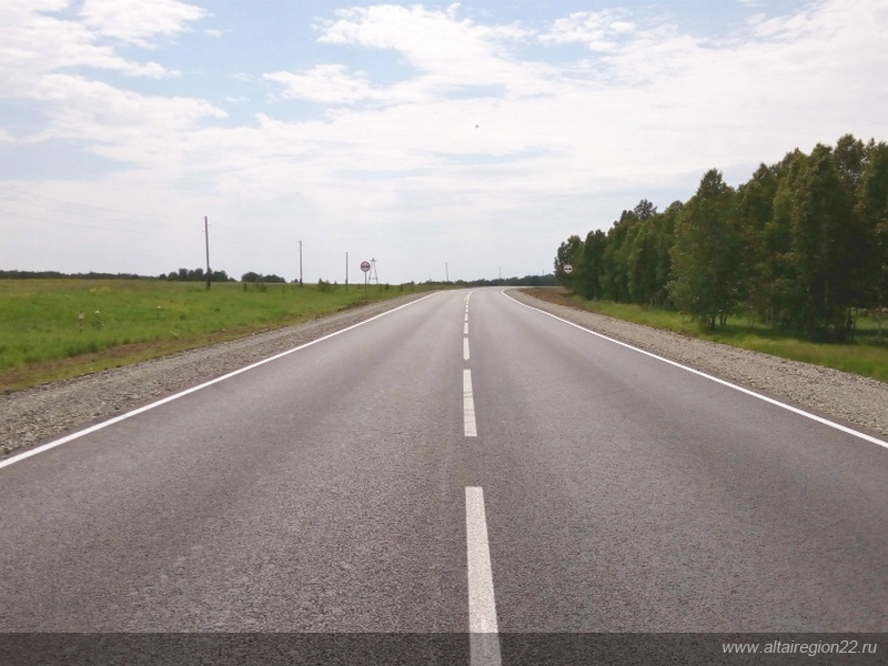 В Алтайском крае в рамках нацпроекта завершены работы на 45 автодорогах
