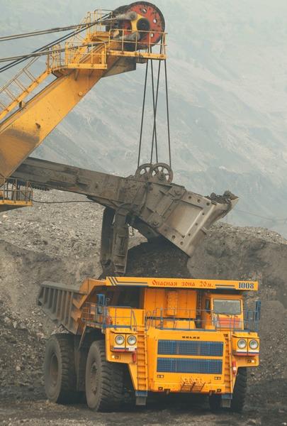 УК «Кузбассразрезуголь» в первом полугодии добыла почти 23 млн тонн угля