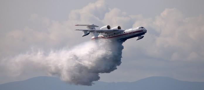 Лесные пожары в Красноярском крае начали тушить при помощи самолетов МЧС