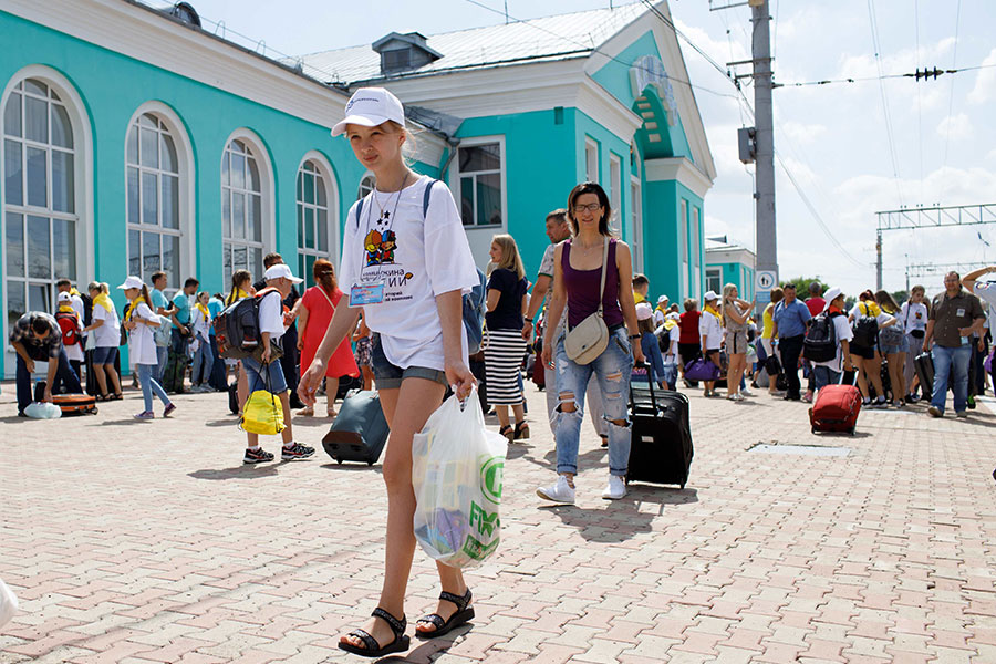 Почти 800 детей сотрудников УК «Кузбассразрезуголь» отдохнут этим летом на Черном море