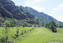 Как одна вышка на горе превратила палаточный лагерь в фешенебельный горный отель