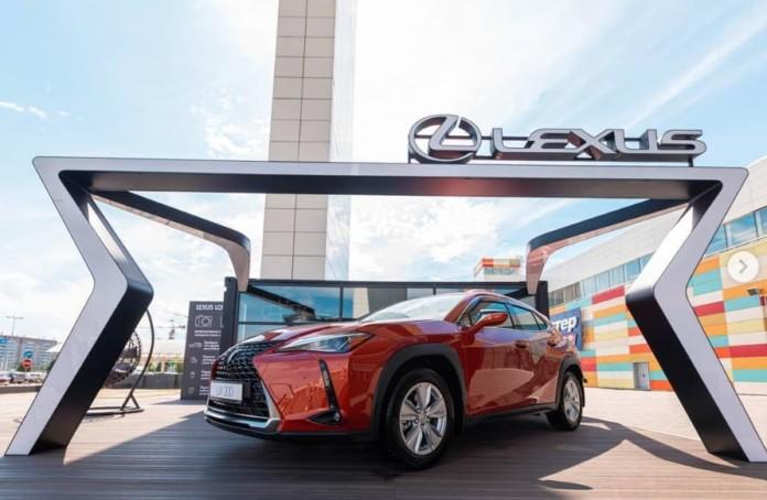 Миниатюра для: Lexus вошел в ТОП-10 самых популярных автобрендов Сибири по итогам 1 полугодия 2019 года