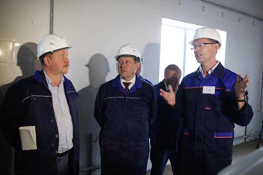 Мэр Новосибирска посетил будущий молокозавод в Октябрьском районе