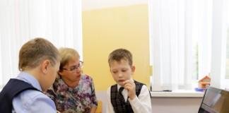 На материально-техническое оснащение омских школ и детских садов дополнительно выделено 1,5 млн рублей