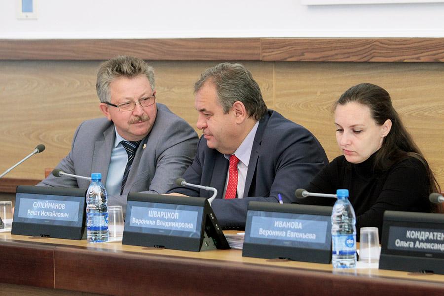 Депутаты горсовета обсудили социальные проблемы Новосибирска