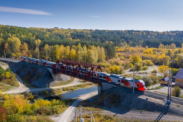 Уральским «Ласточкам» готовят место на железной дороге - Фото