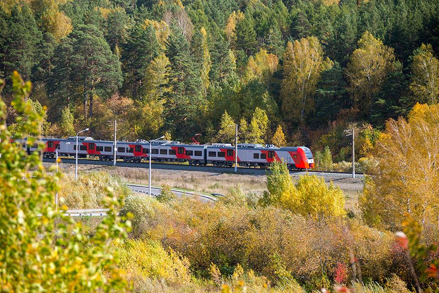 Уральским «Ласточкам» готовят место на железной дороге - Фотография