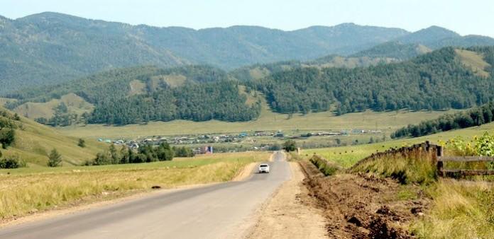 Миниатюра для: Новую дорогу на Горном Алтае завершат раньше, чем обещали