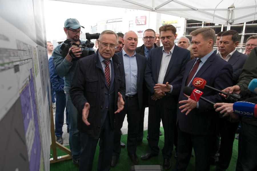 Долгострой на площади Маркса в Новосибирске меняет статус