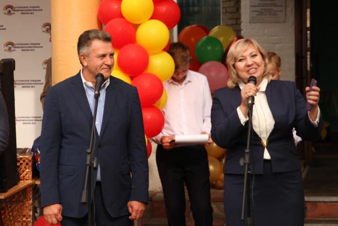 Миниатюра для: Законодательное собрание Новосибирской области поможет сельским школам
