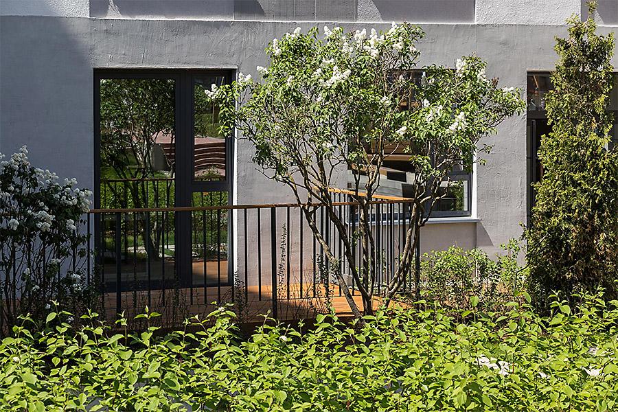 Террасы добавляют квартирам загородную функцию.