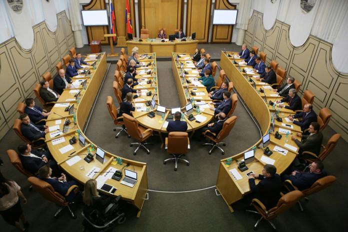 Миниатюра для: Почему городской совет Красноярска лишился права согласовывать кандидатуры заместителей мэра?