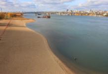 С берегов Оби собрали более двух тонн мусора