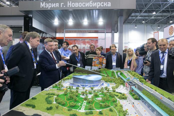 Миниатюра для: Строительство надземного пешеходного перехода в Новосибирске обойдется в 125 миллионов рублей