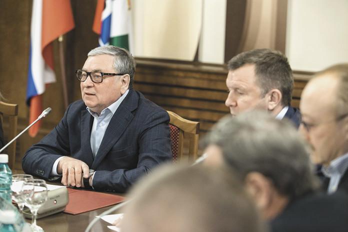 Миниатюра для: Новосибирские парламентарии раскритиковали готовность властей поднять тарифы на капремонт