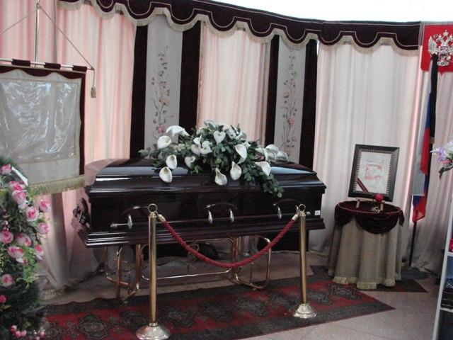 Миниатюра для: Представители новосибирского похоронного бизнеса заявили об обысках и арестах