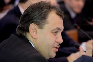 Вице-спикер горсовета Новосибирска Ренат Сулейманов