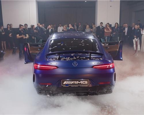 Главным событием вечера стала интерактивная презентация AMG GT 63 S