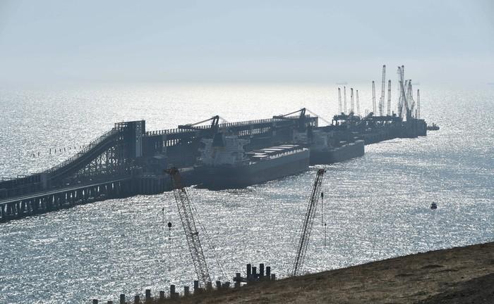 Группа «Сибантрацит» стала первым стратегическим партнером ОТЭКО по перевалке угля в порту Тамань