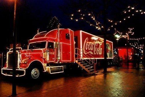 Миниатюра для: В Новосибирск приедет праздничный грузовик Coca-Cola