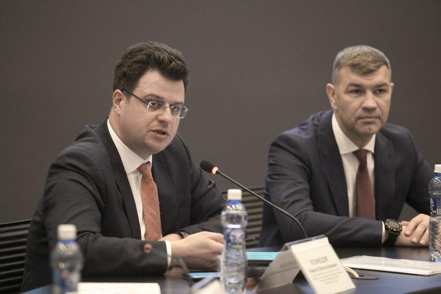 Денис Кузнецов (слева) и Андрей Гончаров