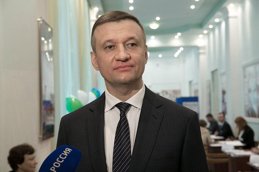 Нужно ли переименовывать площадь Свердлова в Новосибирске? - Фото