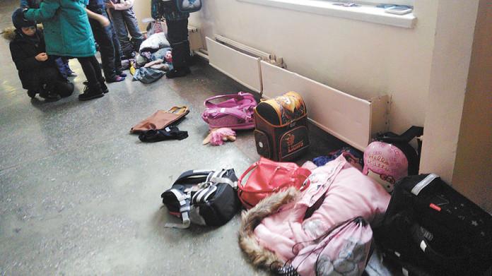 Миниатюра для: «Мама, забери меня отсюда!»: новосибирцы пожаловались на недопустимые школьные условия