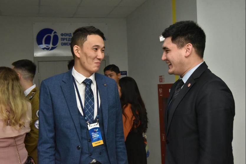 Новосибирск – Казахстан: на межрегиональном форуме стороны обсудили возможности приграничного сотрудничества - Фотография