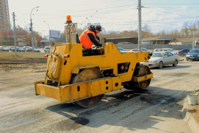 Миниатюра для: Новосибирск получит больше денег на ремонт дорог