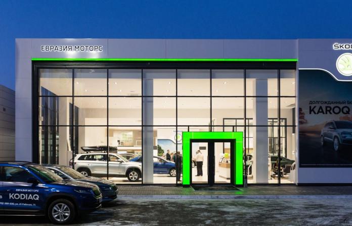 Миниатюра для: Škoda официально открыла второй дилерский центр в Омске