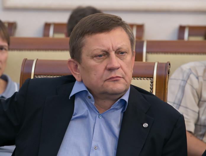 Миниатюра для: Домашний арест для экс-руководителей новосибирской клиники Мешалкина продлили