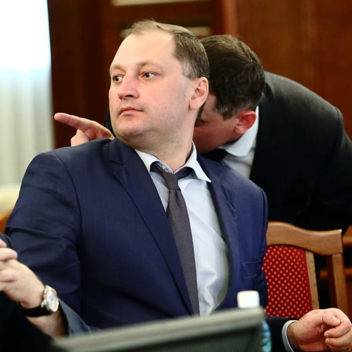 Миниатюра для: ВТБ подводит итоги полугодия: в Новосибирской области кредитный портфель банка превысил 130 млрд рублей