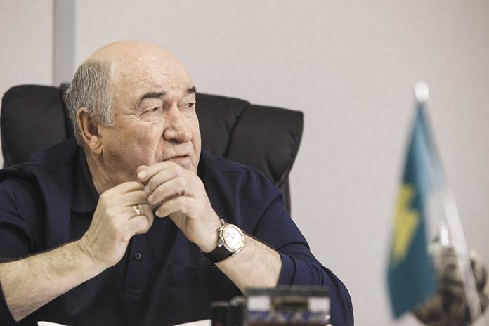 Владимир Женов