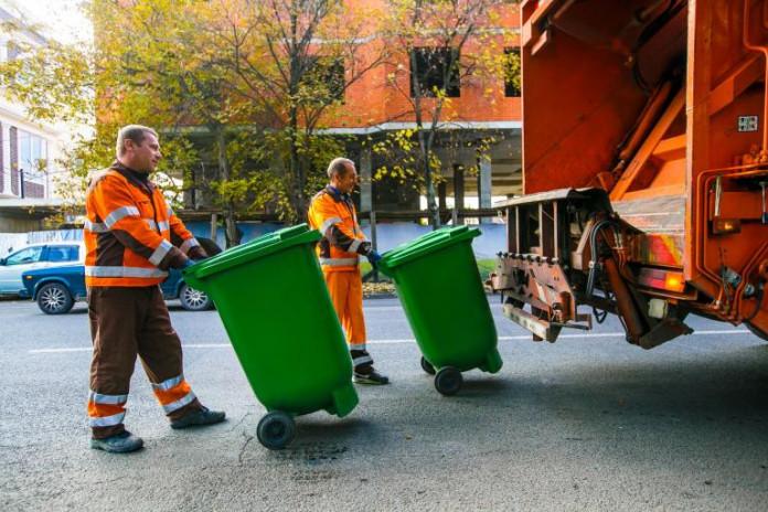 Миниатюра для: Регоператор Новосибирской области определил победителя самого крупного тендера на перевозку мусора в регионе